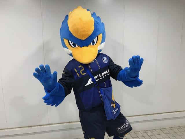 町田vs.名古屋まもなくキックオフ!